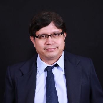 Dr. Edgar Detoya