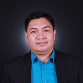 Dr. Glenn Pajares