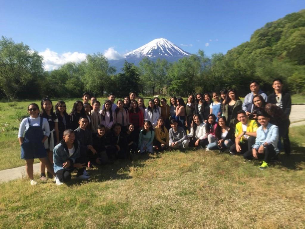 USJ-R Junior and Senior High School Students with Rev. Fr. Emilio Jaruda Jr., OAR (USJ-R Junior High School Principle) and Dr. Marivic Diwa, (Senior High School Department Coordinator) during their second day of tour in Mt. Fuji and Lake Kawaguchi.