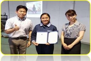 Femme Stefanie Naranjo, Mechanical Engineering student intern, with Ms. Noriko Ninomiya, CEO (right), and Mr. Yoshikuni Horiyasu, COO (left) of Ninomiya Manufacturing Company Ltd., Japan.