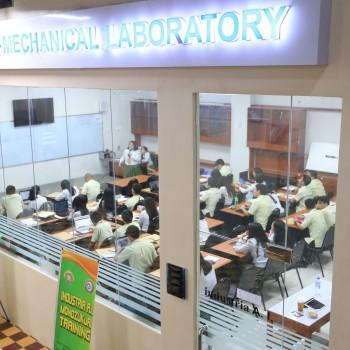 Engineering Industria AI Mechanical Laboratory